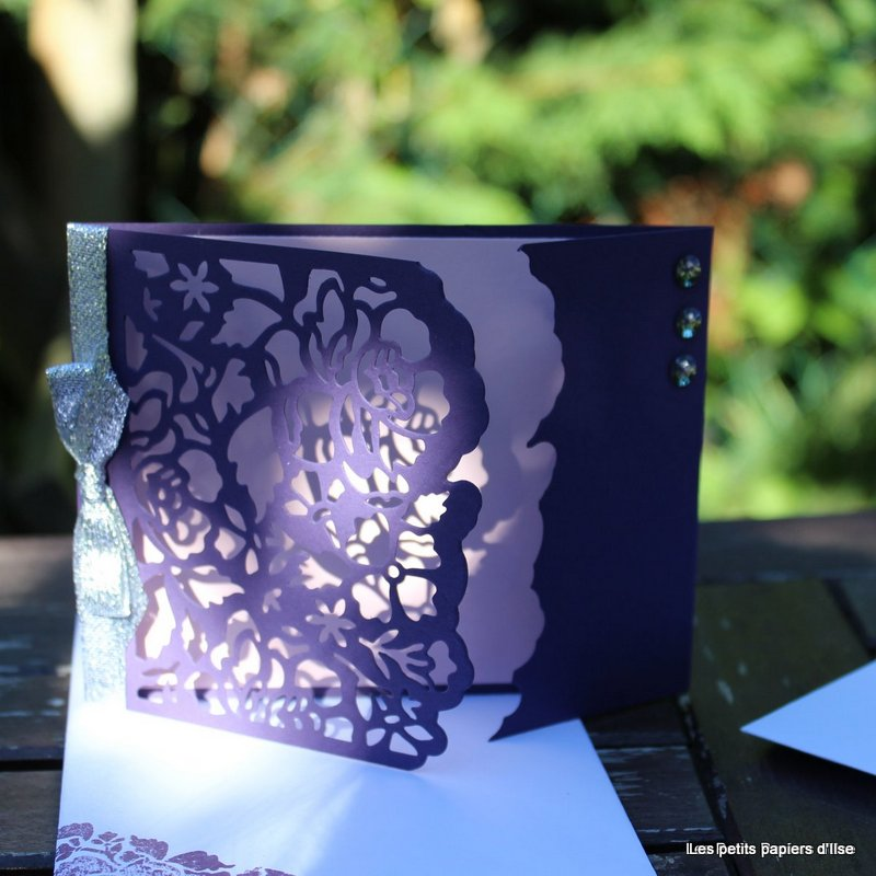 Photo de la carte fleurs ouvragées ajustée