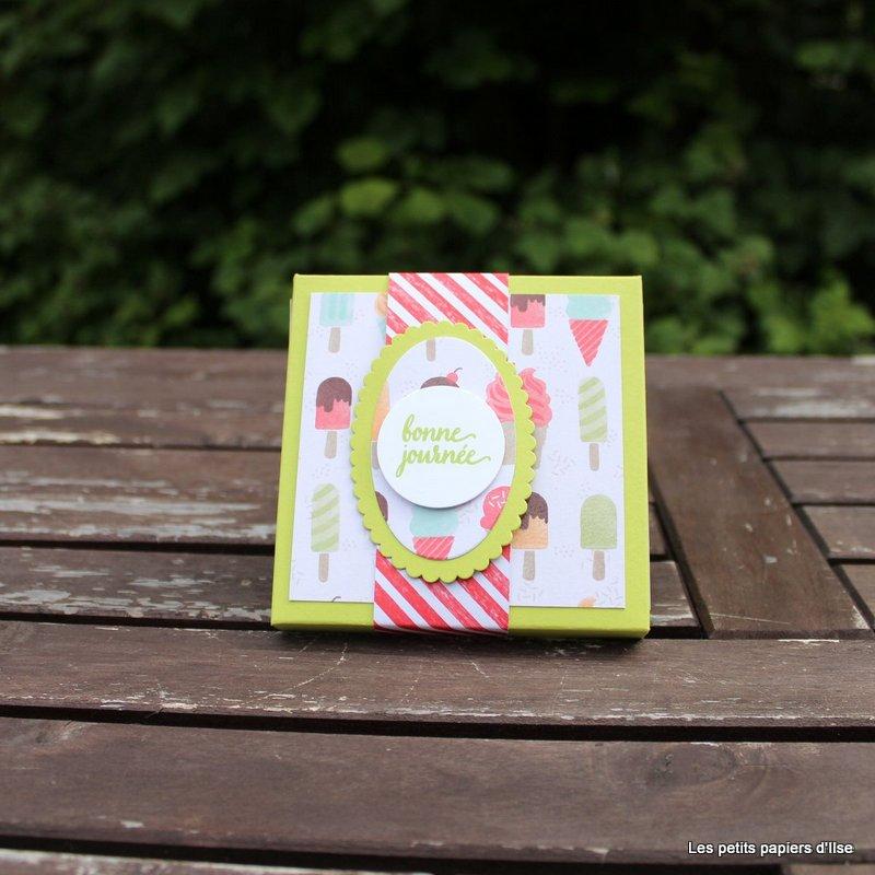 Photo de la boite à cartes à petits bonheurs