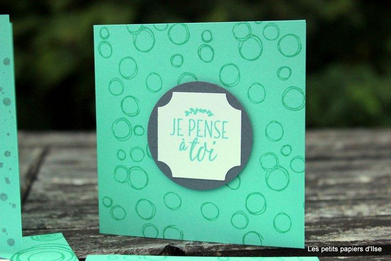 Photo des cartes à petits bonheurs mignonnes