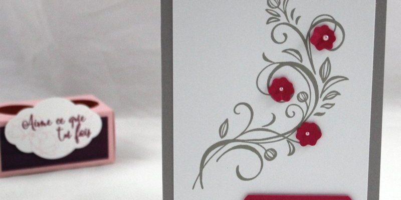 Photo de la carte simple falling flowers