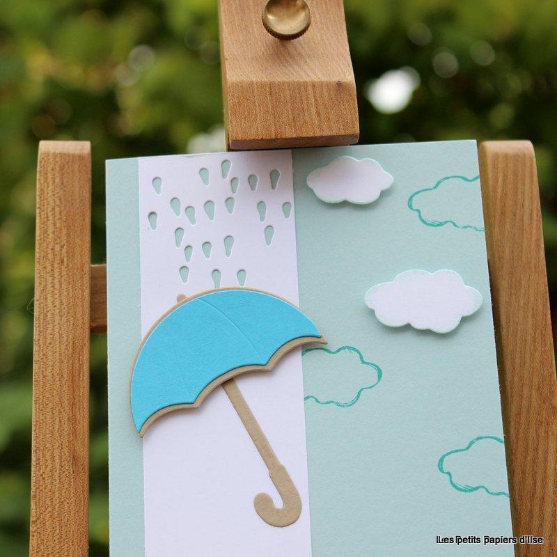 Détail de la carte nuages et parapluie joli