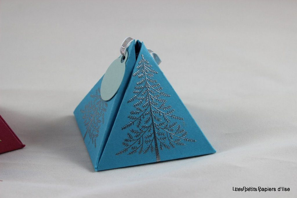 Photo de la boite pyramide de noël