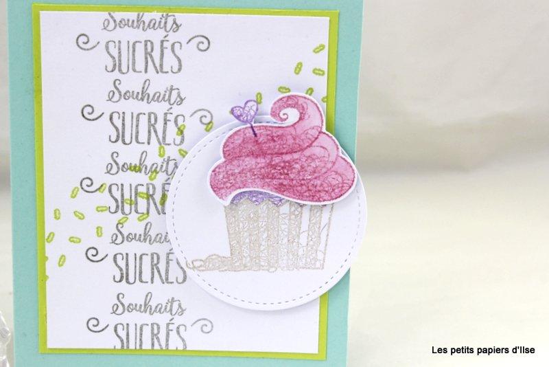 Détail de la carte au cupcake d'anniversaire