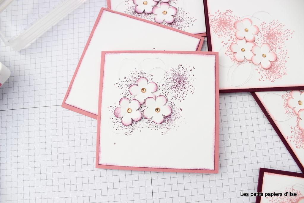 Détail de la carte à bonheurs petites fleurs