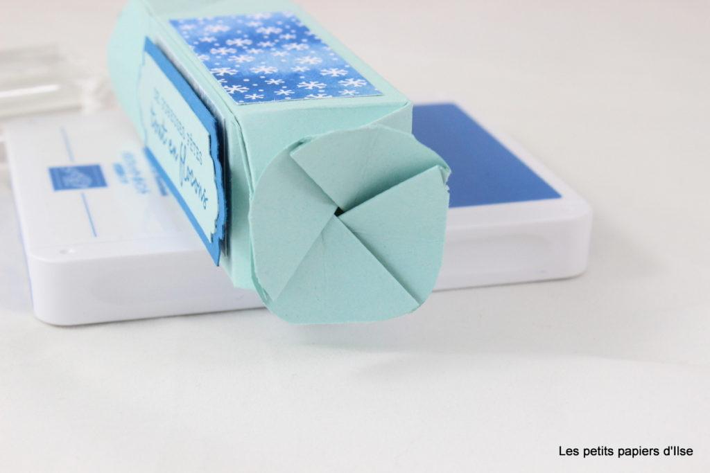 Photo de la fermeture de la boite à flocons en forme de bonbon