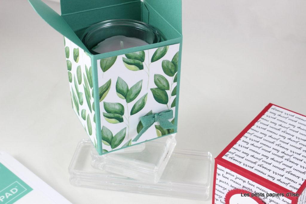 Détail de la boite cadeau simple pour une bougie maison
