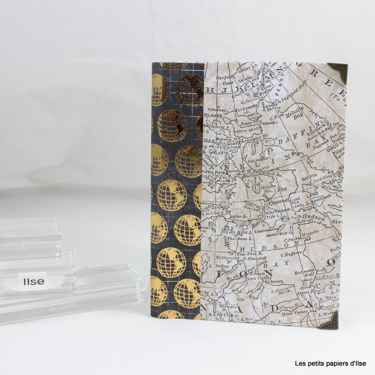 Photo du mini-album en forme de livre