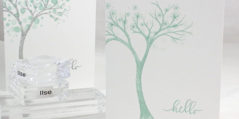 Photo de la carte simple à l'arbre de noël